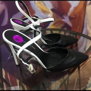 "Brand New - Ivanka Trump 4"" heel size 8.5"